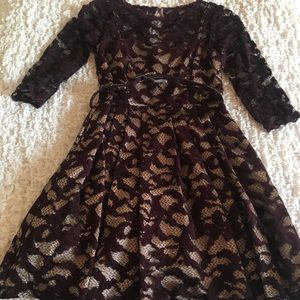 Eliza J Lace Burgandy Holiday Dress Lining 4P